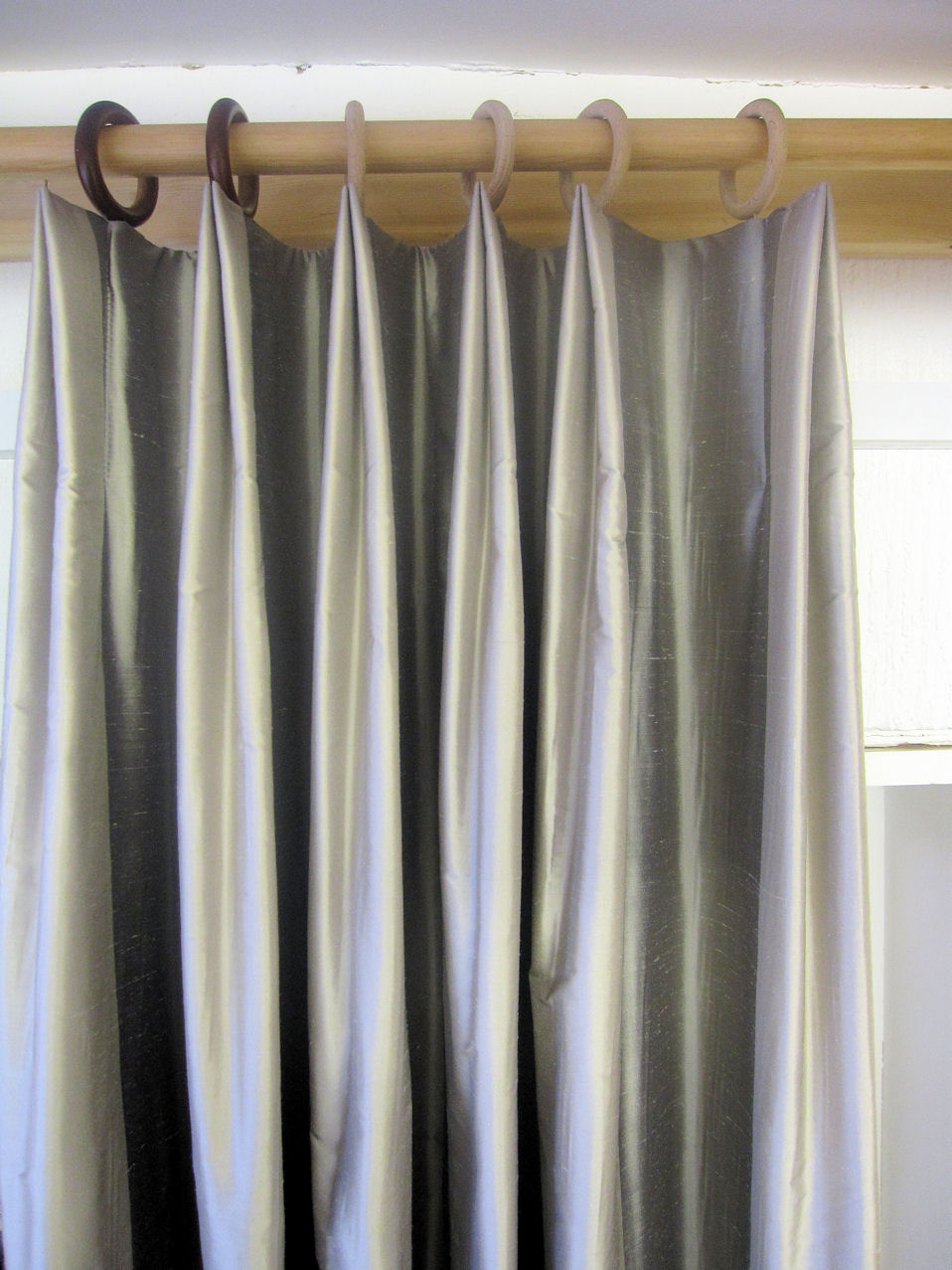 Drapery And Curtain Ideas: Variation Of A Double Pleat.